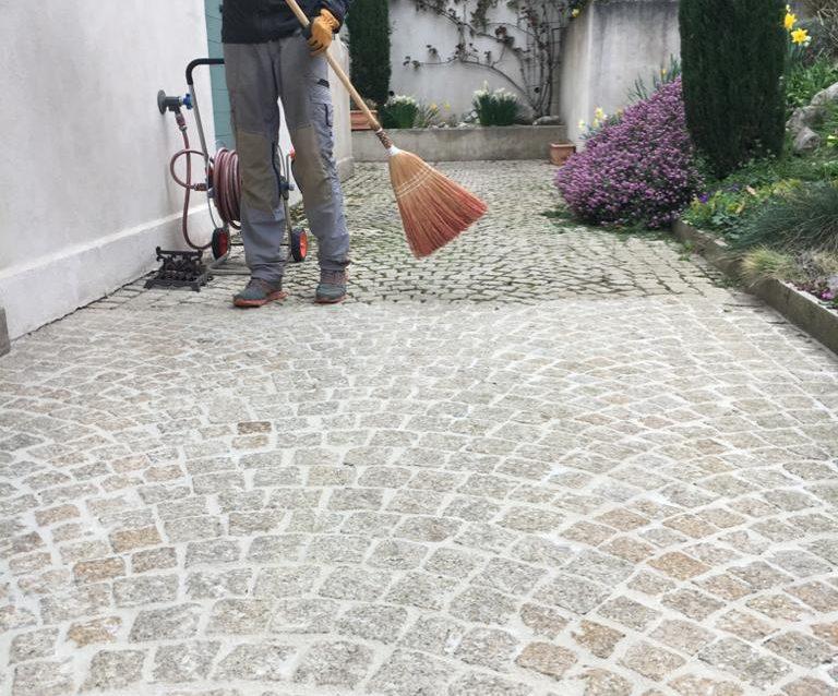 Entretien allée dallage pavés – Bernex, Genève